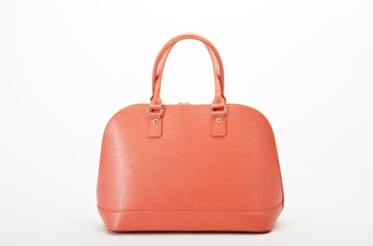 MADE IN ITALY DESIGNED AND MANUFACTURED HANDBAGS